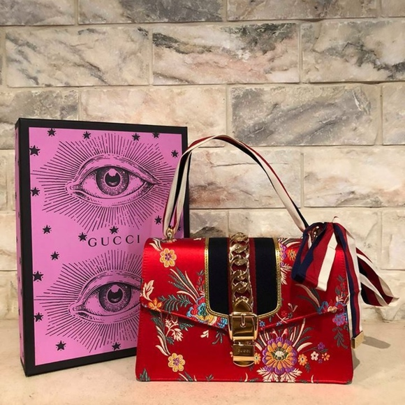 430002b03b7c Gucci Bags | Sylvie Tokyo Hibiscus Red Floral Gold | Poshmark